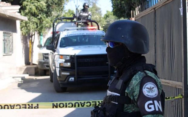 폭탄테러에 벌벌 멕시코…이번엔 상자에 든 수류탄 발견