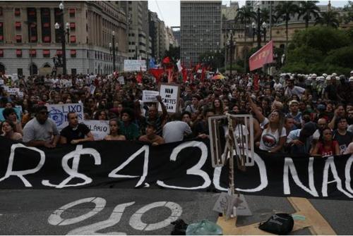 브라질 상파울루서 대중교통요금 인상 반대 시위 확산 조짐