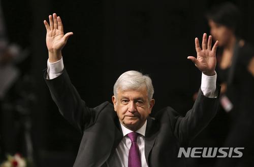 멕시코 보수당대표 아나야, 3당연합 대선후보로 선출