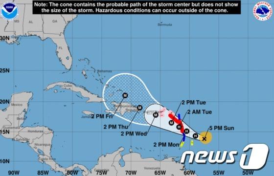 '어마'에 쑥대밭 카리브해…허리케인 '마리아' 또 위협